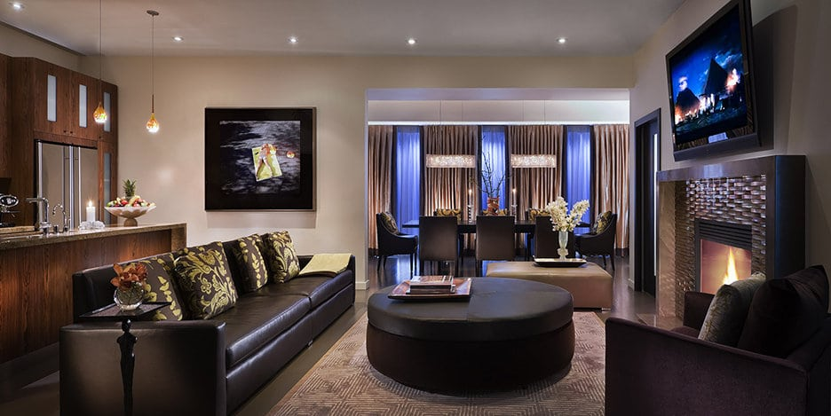 Sunset Marquis Villa-Presidential - Living To Dining