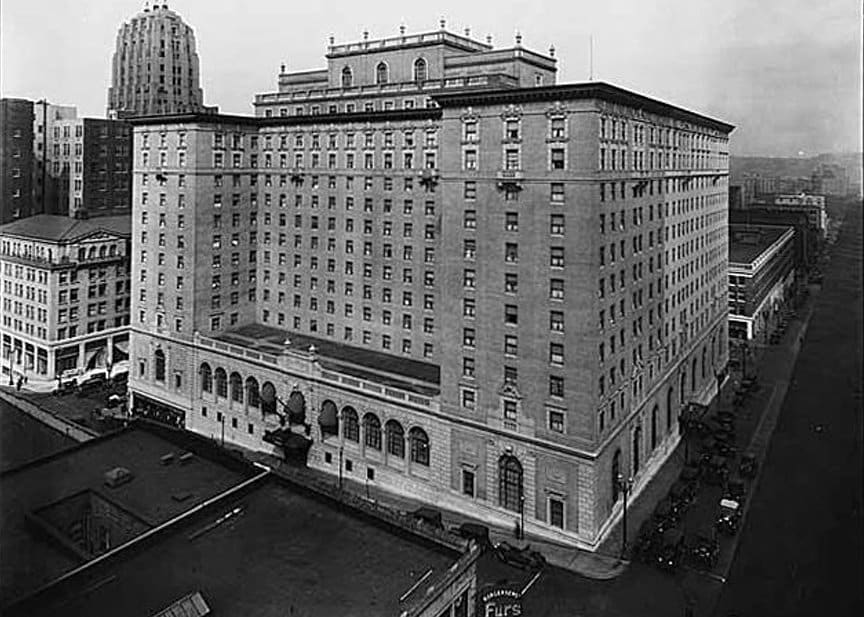 historical photo of Seattle's Fairmont Olympic Hotel