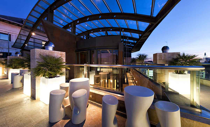 Sir Elly's Terrace Rooftop Bar at The Peninsula