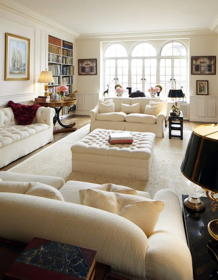 Lee Radziwill's living room in one of her New York City homes. CHRISTIE'S IMAGES LTD. 2019