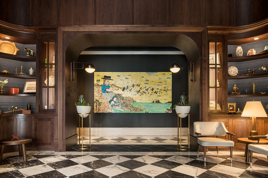 Perry Lane Hotel, Hotel with Extraordinary Art Collections