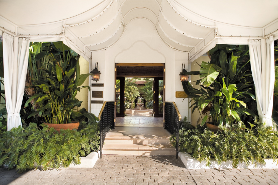 The Brazilian Court House in Palm Beach is the perfect Valentine's Day getaway