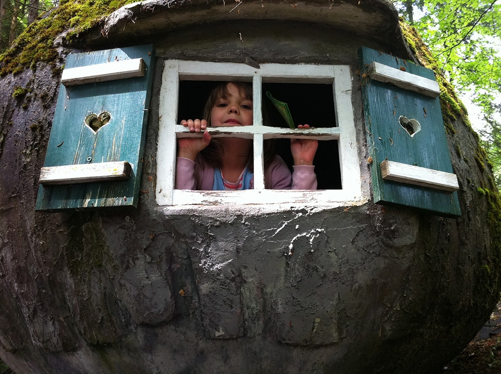 building a treehouse for your child