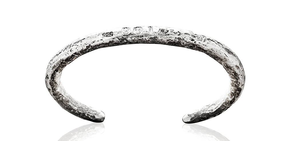 LADIES BANGLE IN STERLING SILVER, a great Mother's Day gift