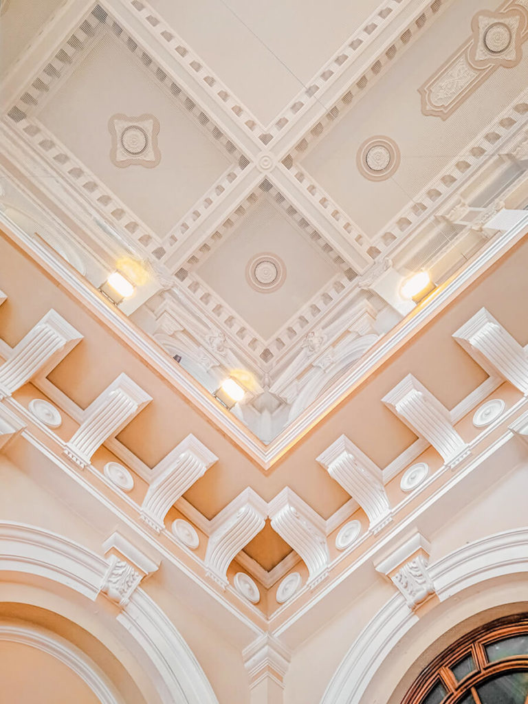 crown molding for your home interior