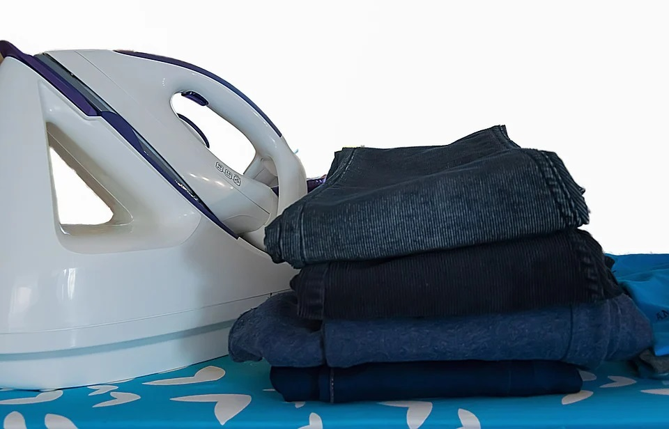 unwrinkle clothes