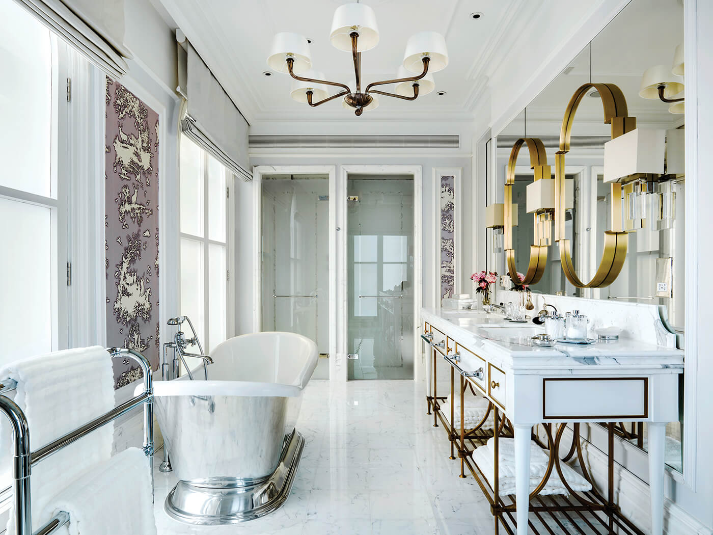 The Sterling Suite-Guest Bathroom at The Langham London