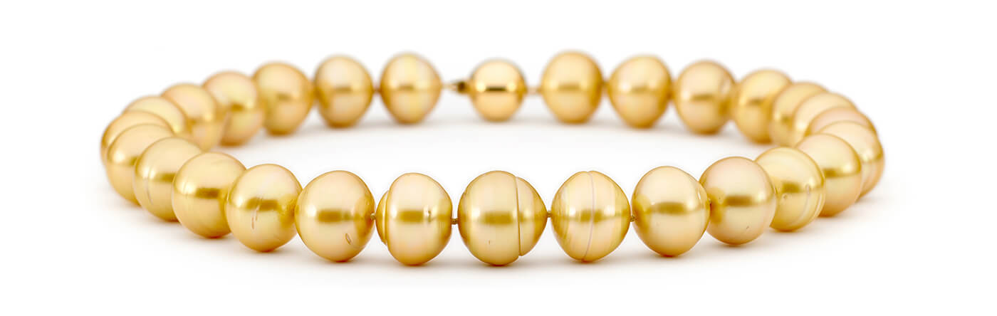 magnificent yellow pearl necklace