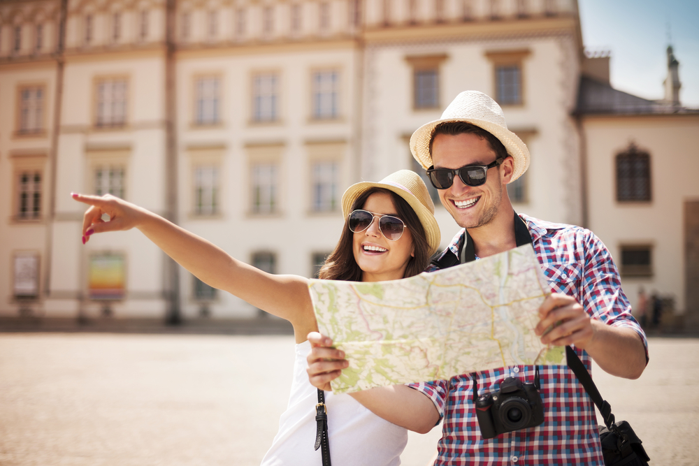 a map helps with travel plans