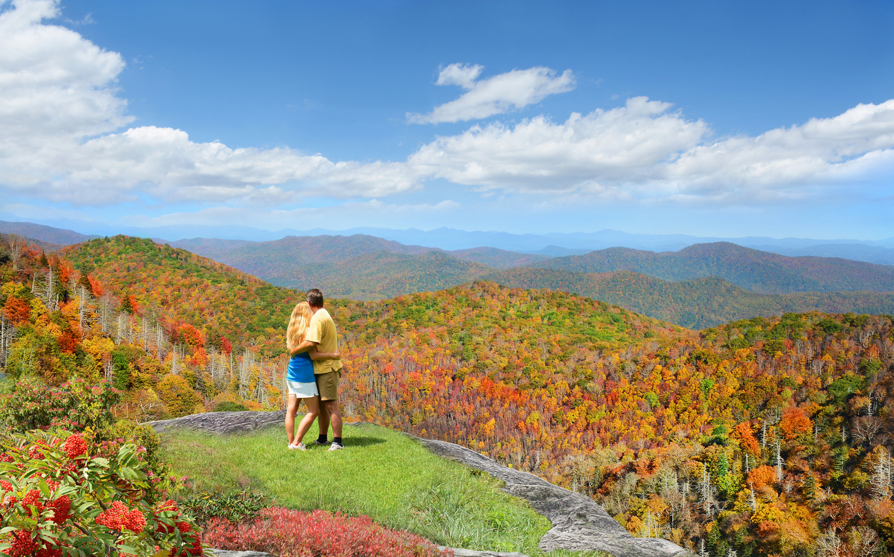 hiking in North Carolina, a perfect luxury mountain vacation