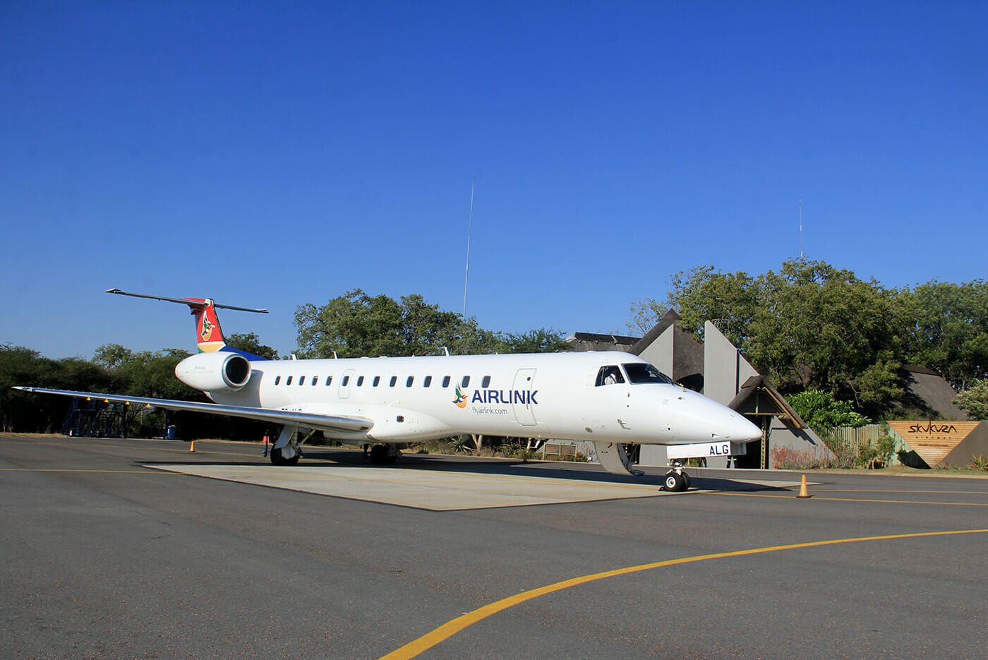 Airlink's Embraer 135 at Skukuza Airport. Photo by Heléne Ramackers