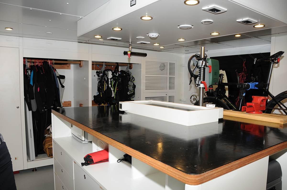 K 584 diving room at the 2021 Cannes Yacht Festival