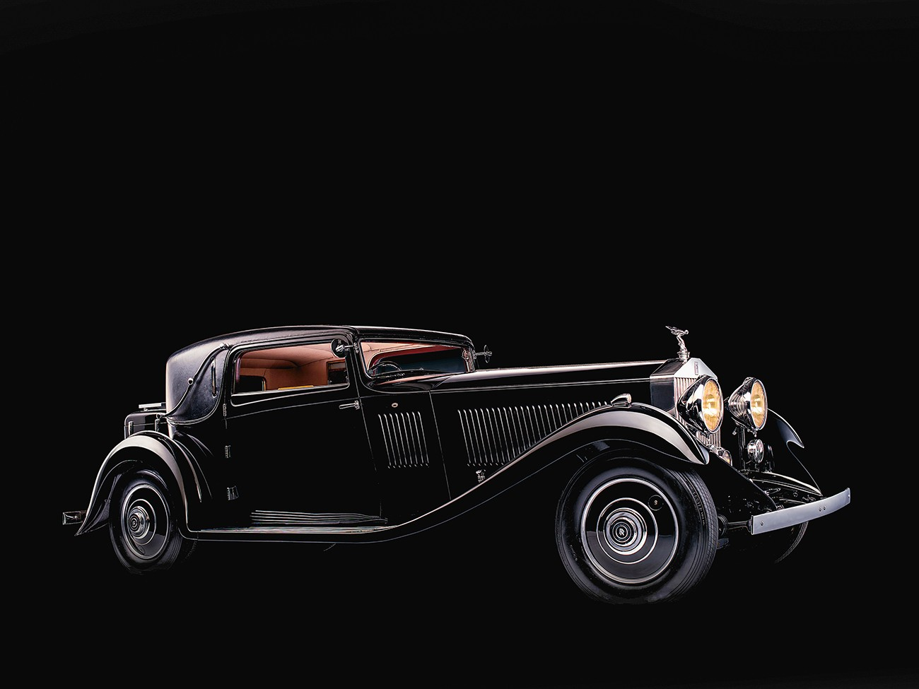 Here's a Look at Why Black Badge Rolls-Royce Cars are Steeped in History